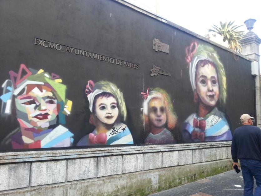 Weird wall art, Aviles